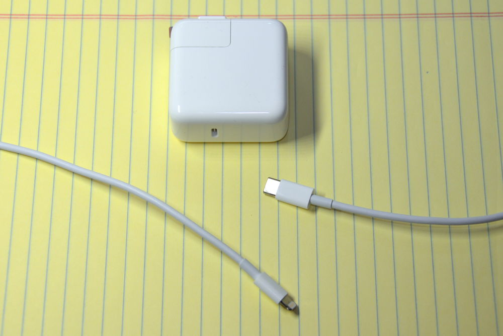 review apple s 29w usb c power adapter and usb c to lightning a little ipad power history